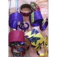 Ensemble boucles d'oreilels et bracelets en wax